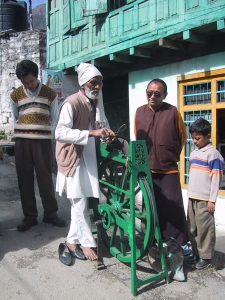 Knife-sharpener in Rewalsar