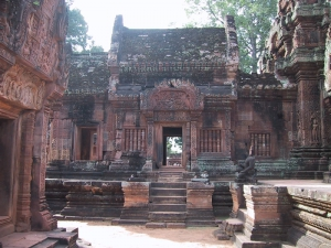 Banteay Srei Courtyard