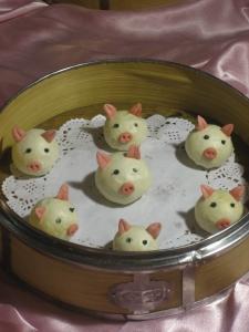 Xi'an Dumplings Pigs