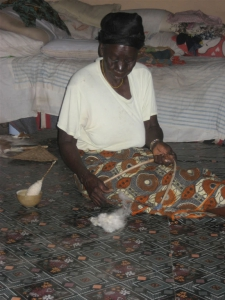 Daboya - spinning and indigo dyeing