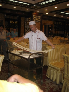 Lanzhou Chef Pulling Noodles