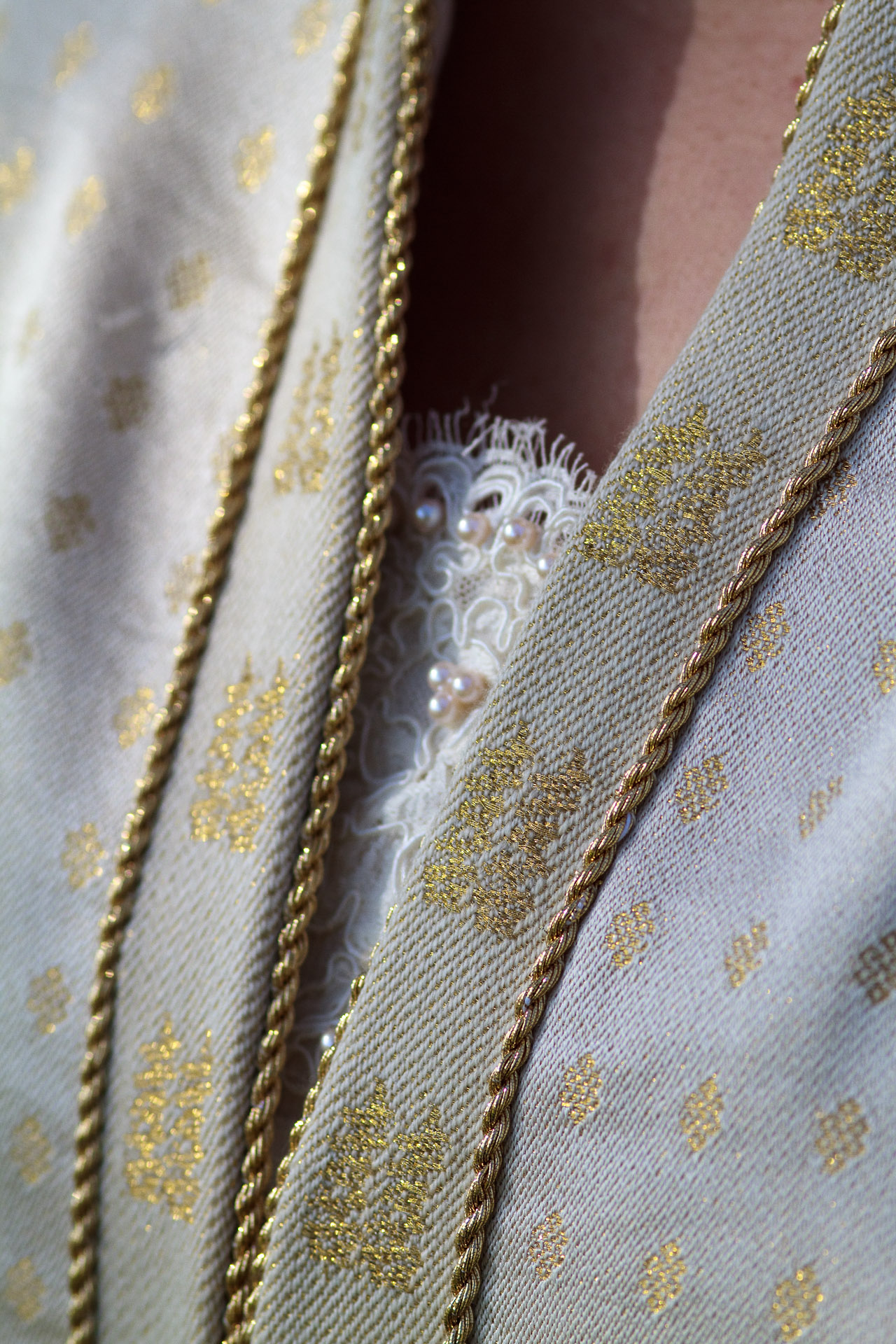 Neckline of handwoven wedding dress / coat